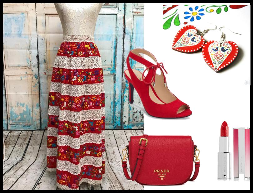 Folklórne šaty a šperky na ples