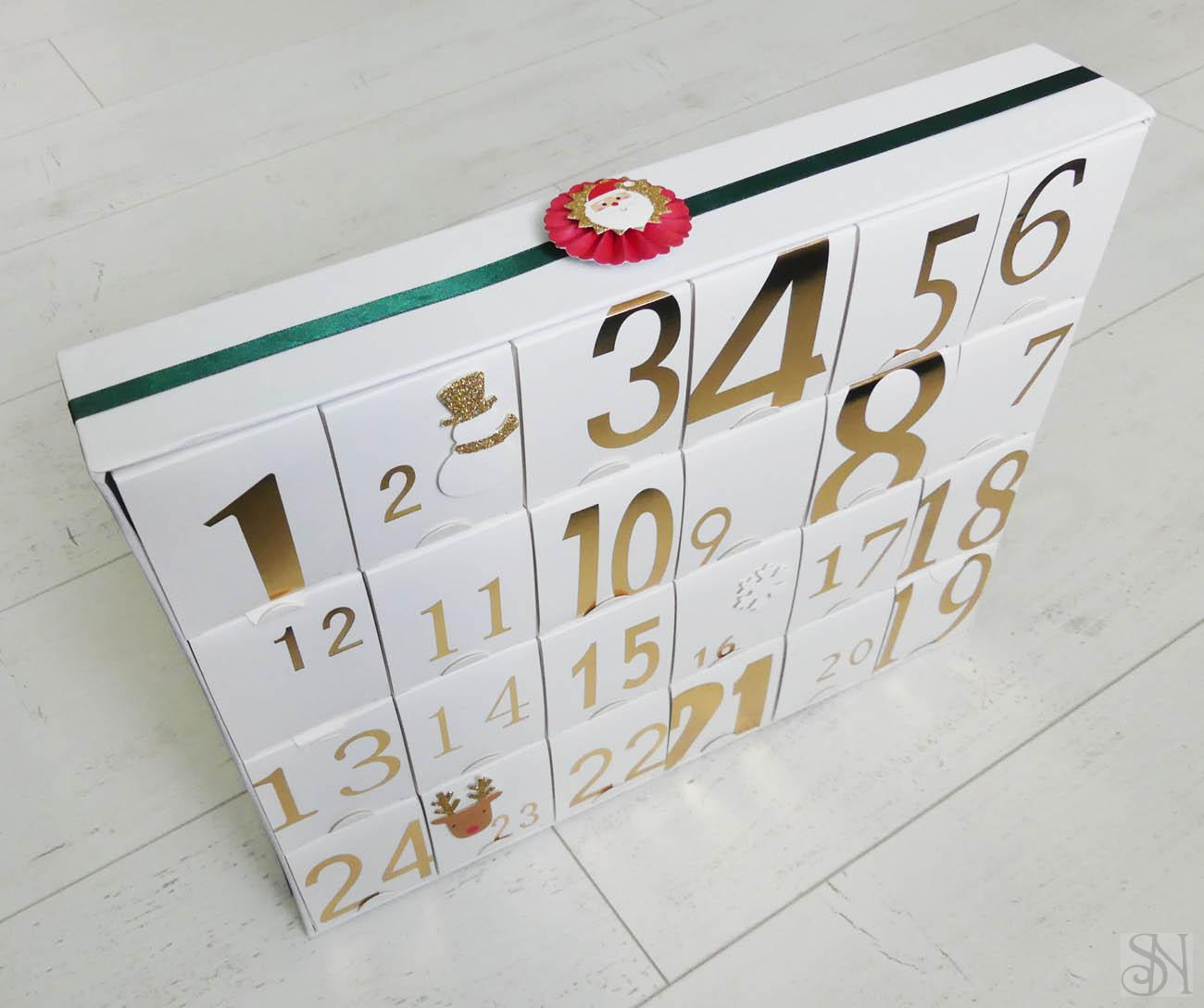 Adventný kalendár zo šperkov