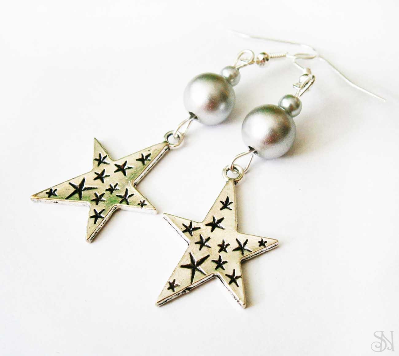Elegantné strieborné korálkové náušnice hviezdy fcfc6a38fe8